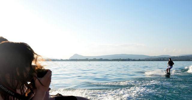 Sunset session en Wakeboard et monoski sur le lac d'Annecy