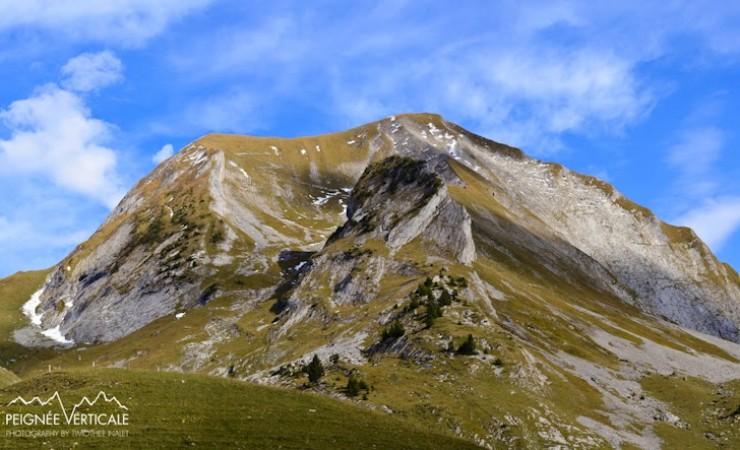 Mont Charvin (2409m), face Ouest depuis les Fontanettes (voie normale d'été)