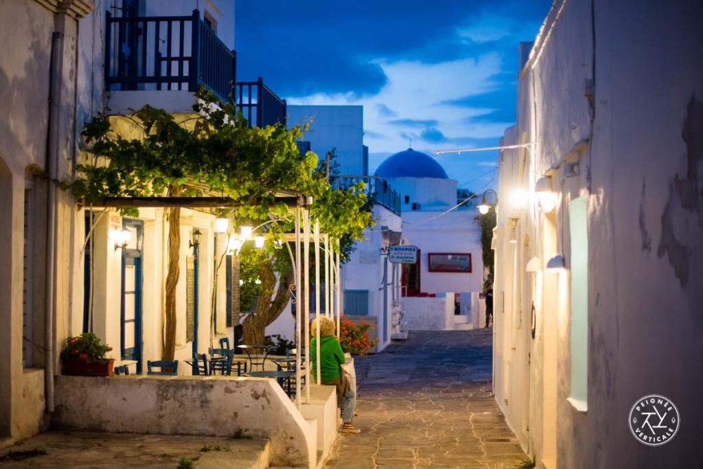 Les ruelles de Sifnos, désertes en mai, bondées en août