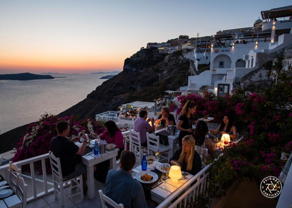 Santorin (et la Grèce en général) est réputée pour la qualité de sa cuisine : validé !