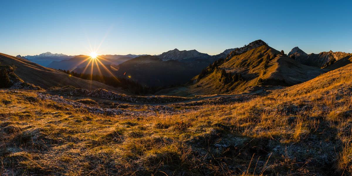 What is it like 1 un lever de soleil dans les bauges - Du lever du soleil jusqu a son coucher ...
