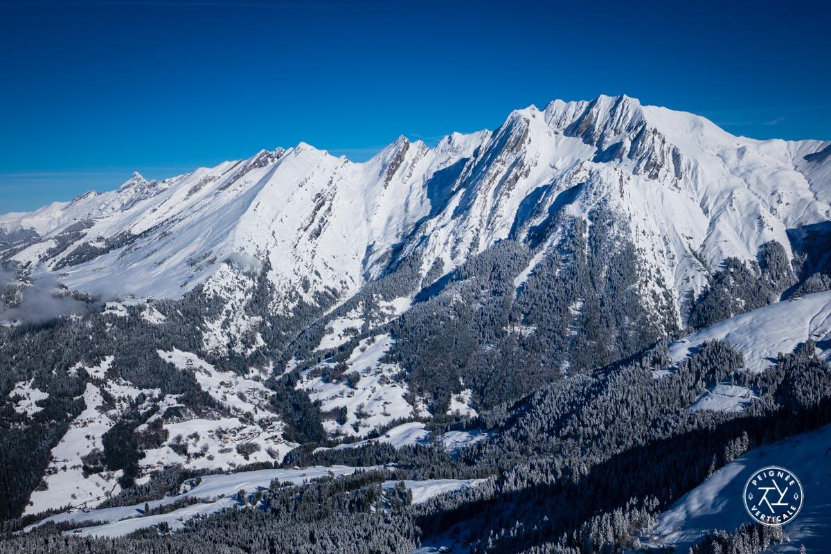 peignee-verticale-saison-hiver-00427