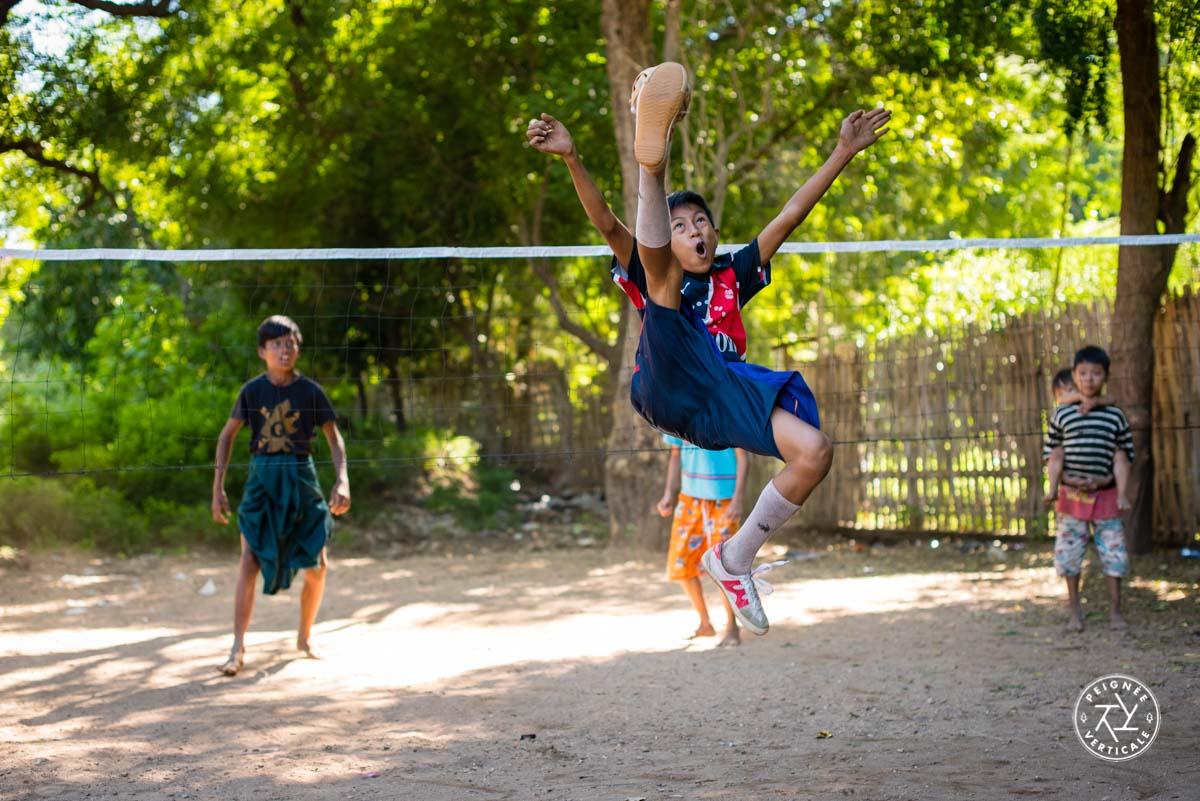 Jeu du Chinlon - Birmanie