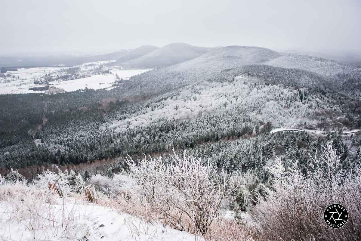 Paysage hivernal monts d'Auvergne