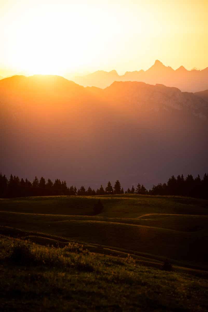 Lever de soleil sur la Pointe Percée - Aravis