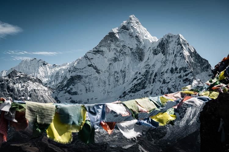Vue sur l'Ama Dablam très convoité des alpinistes, Népal. Format paysage.